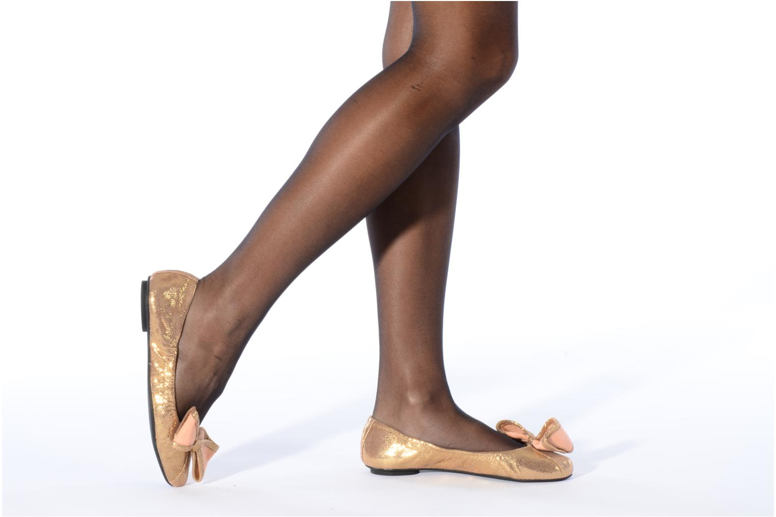 Ballet pumps Maloles Blanche Bronze and Gold view from underneath / model view