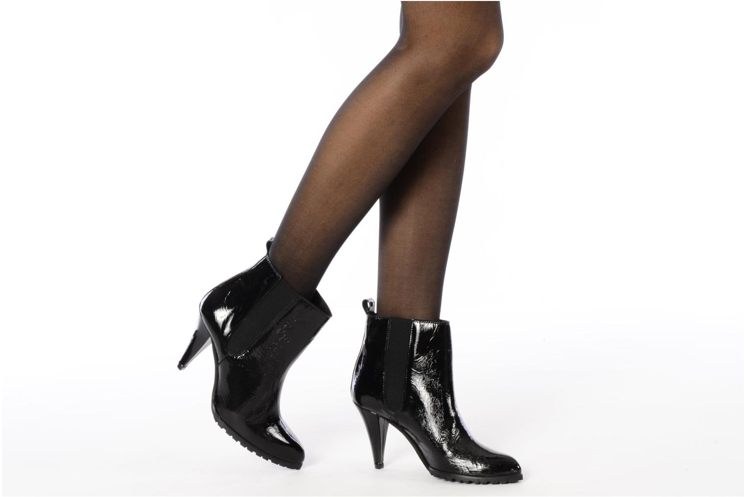 Ankle boots Emma Go Prime Black view from underneath / model view