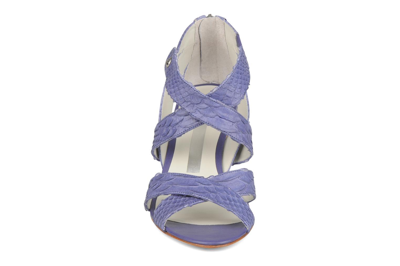 Sandales et nu-pieds Miezko Lina Violet vue portées chaussures