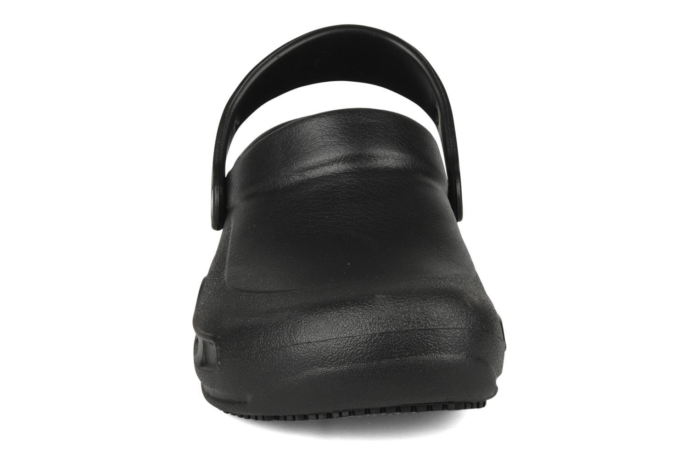 Mules et sabots Crocs Bistro w Noir vue portées chaussures