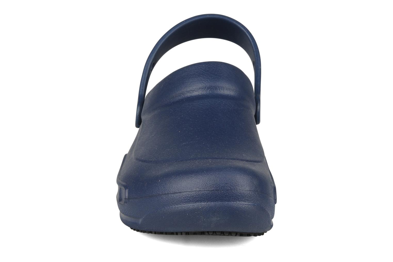 Sandales et nu-pieds Crocs Bistro m Bleu vue portées chaussures