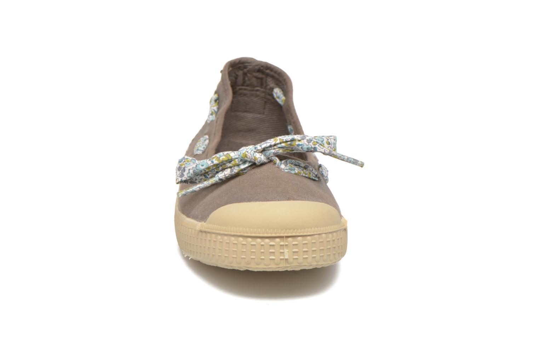 Ballerinaer chipie bis Rumba flolace Brun se skoene på