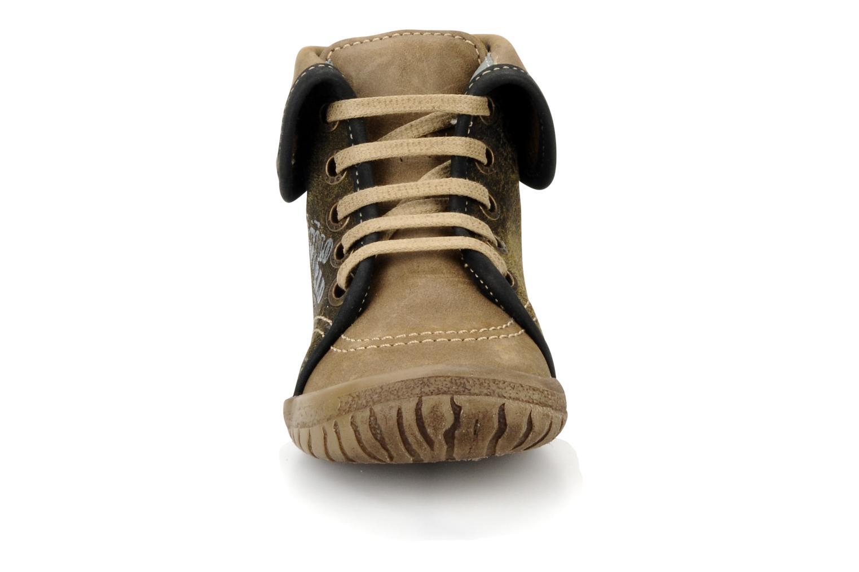 Bottines et boots Noël Mini fizz Marron vue portées chaussures