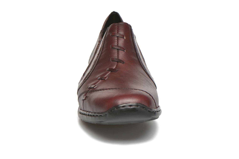 Mocassins Rieker Doro L3874 Rouge vue portées chaussures