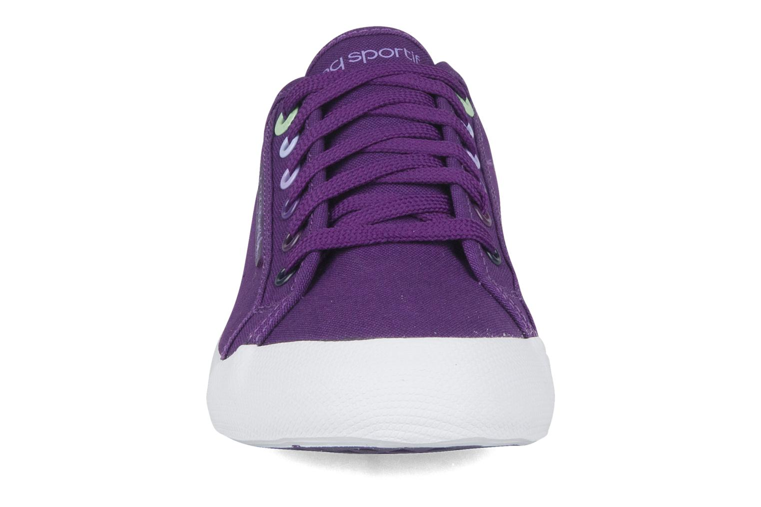 Sneakers Le Coq Sportif Deauville plus shaded Viola modello indossato
