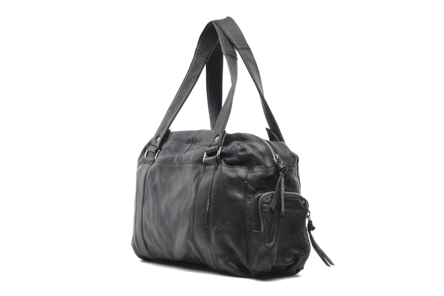 Handbags Pieces Totally Royal leather Small bag Black view from the right