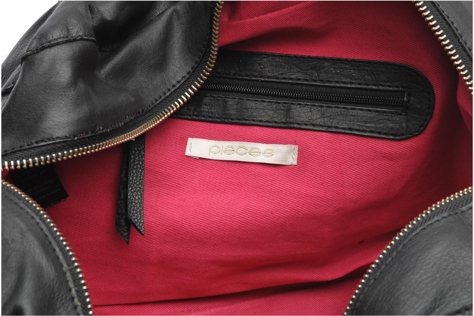 Handbags Pieces Totally Royal leather Small bag Black back view