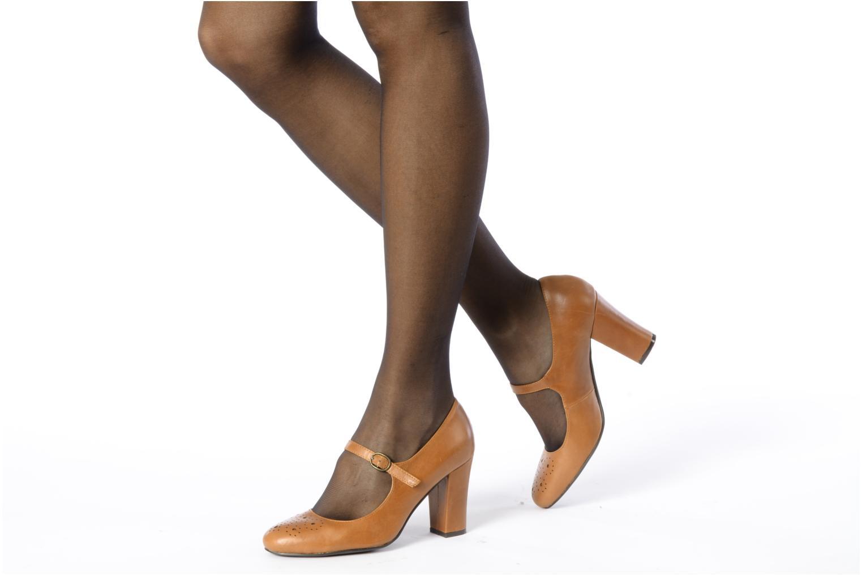 High heels Georgia Rose Yara Black view from underneath / model view