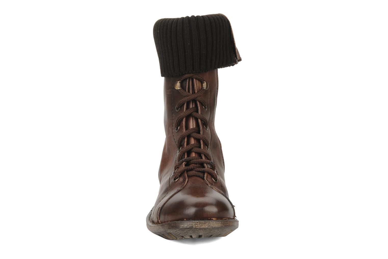 Boots en enkellaarsjes Eden Nems Bruin model