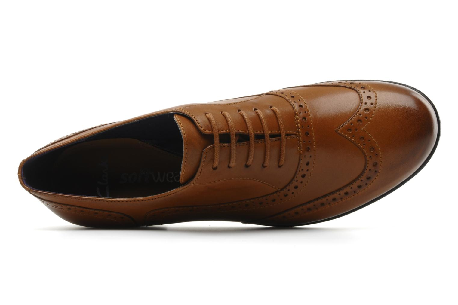 Lace-up shoes Clarks Hamble oak Brown view from the left
