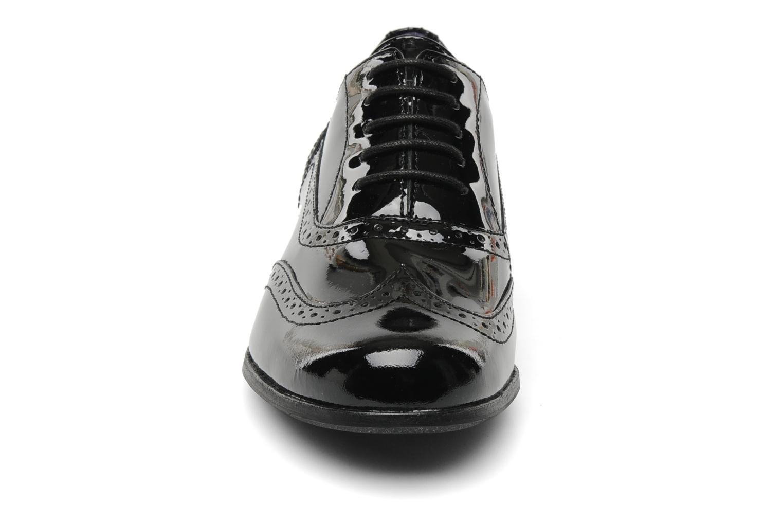 Zapatos con cordones Clarks Hamble Oak Negro vista del modelo