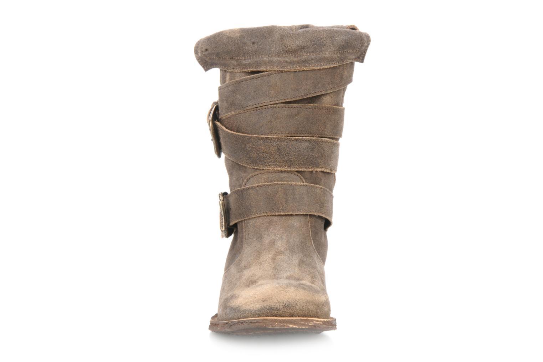 Bottines et boots Myma Jennie Felmini Marron vue portées chaussures