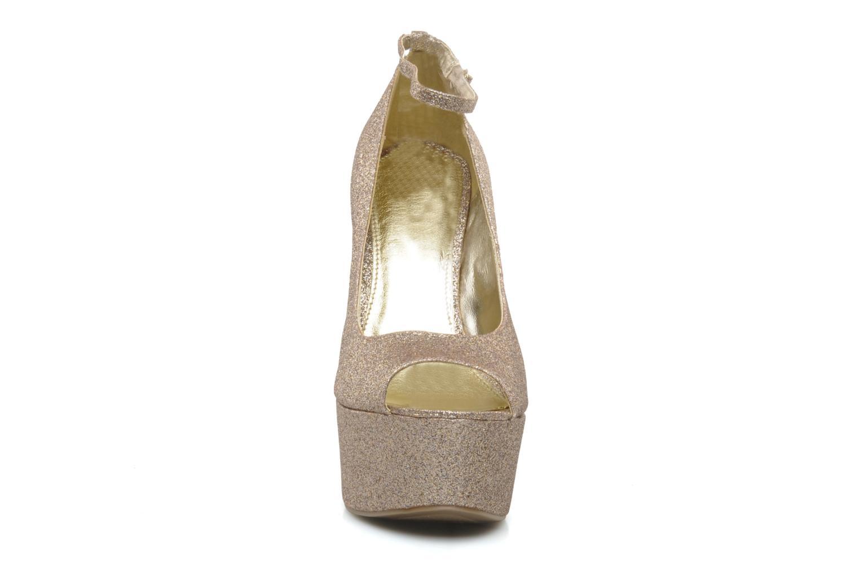 Zapatos de tacón Carvela Grass Oro y bronce vista del modelo