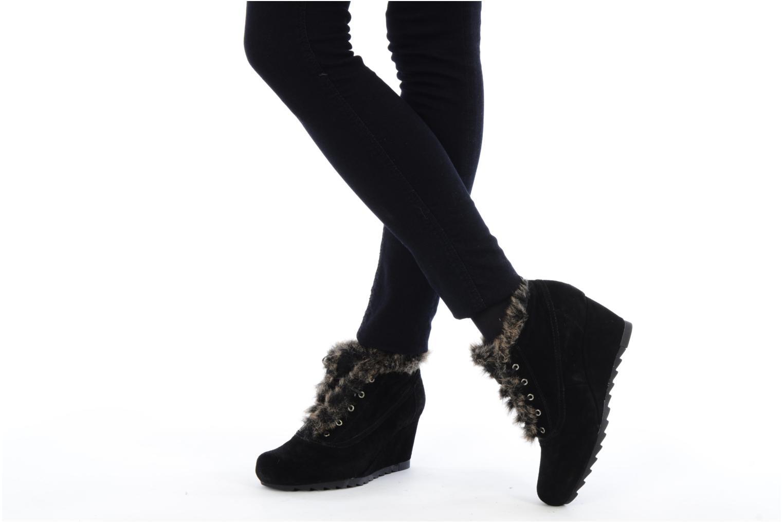 Chaussures à lacets Earthies Earthies seriph Noir vue bas / vue portée sac