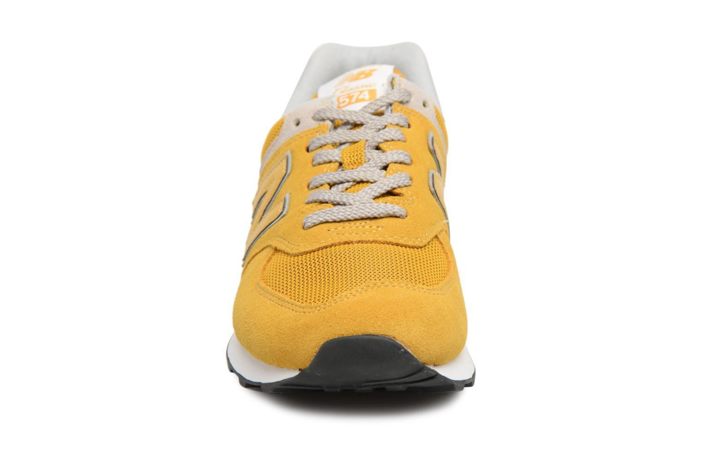 Baskets New Balance Ml574 Jaune vue portées chaussures