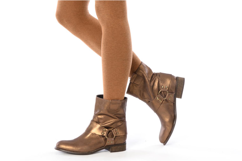 Bottines et boots Georgia Rose Dasine Or et bronze vue bas / vue portée sac