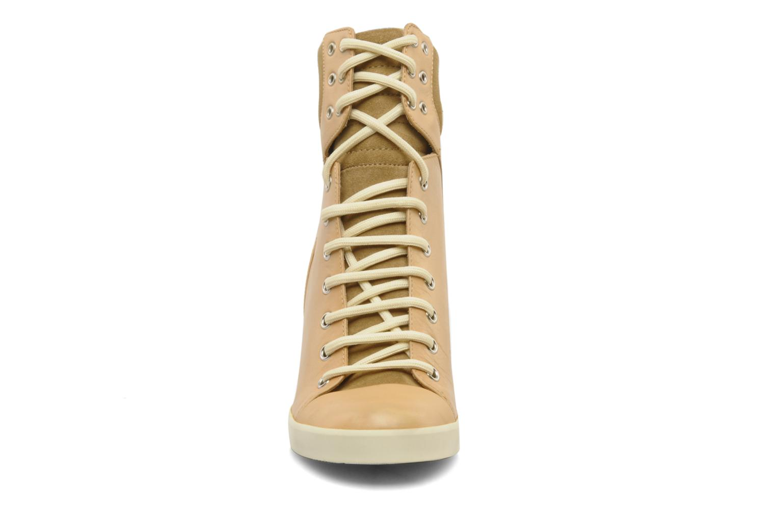 Sneakers See by Chloé Timota Beige model