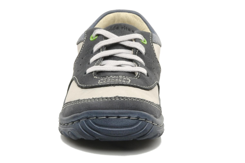 Sneaker Stride Rite CC Charles blau schuhe getragen