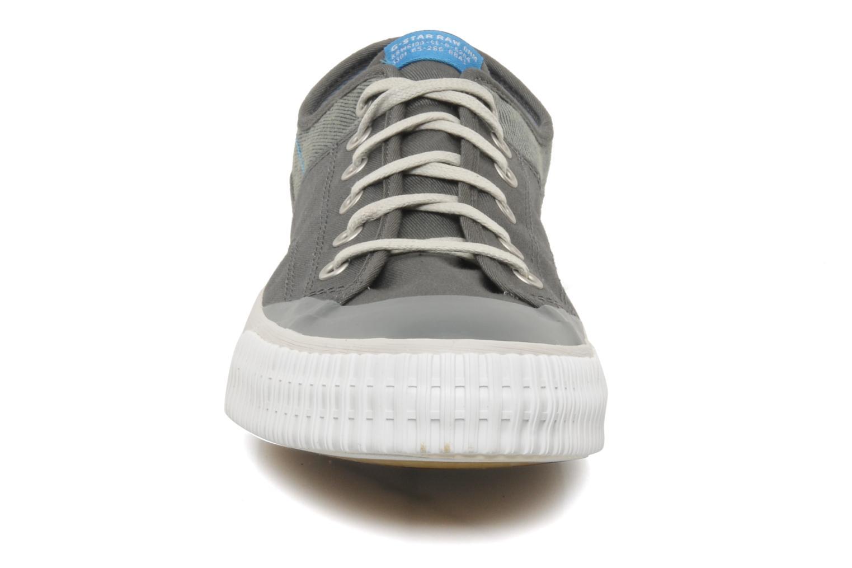 Sneaker G-Star Campus Courier Prowl Drill grau schuhe getragen
