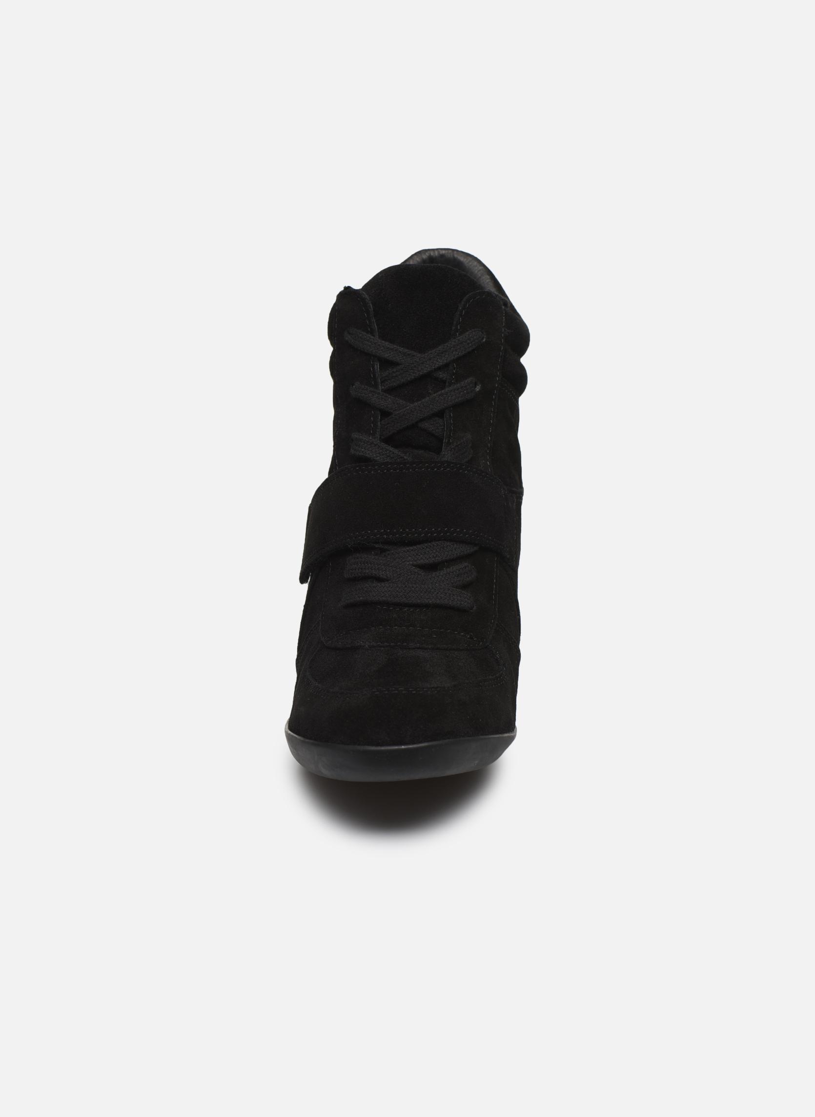 Baskets Ash Bowie Noir vue portées chaussures