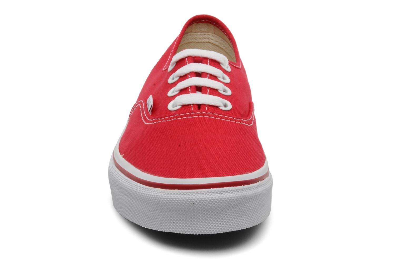 Baskets Vans Authentic w Rouge vue portées chaussures