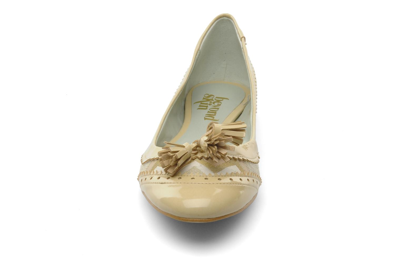 Ballerines Beyond Skin Millie Beige vue portées chaussures