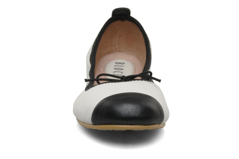 Ballerina Bloch Girls Classic Vit bild av skorna på