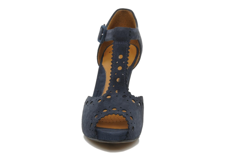Sandalias Clarks Dollar Craze Azul vista del modelo