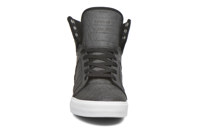 Sneaker Supra Skytop schwarz schuhe getragen