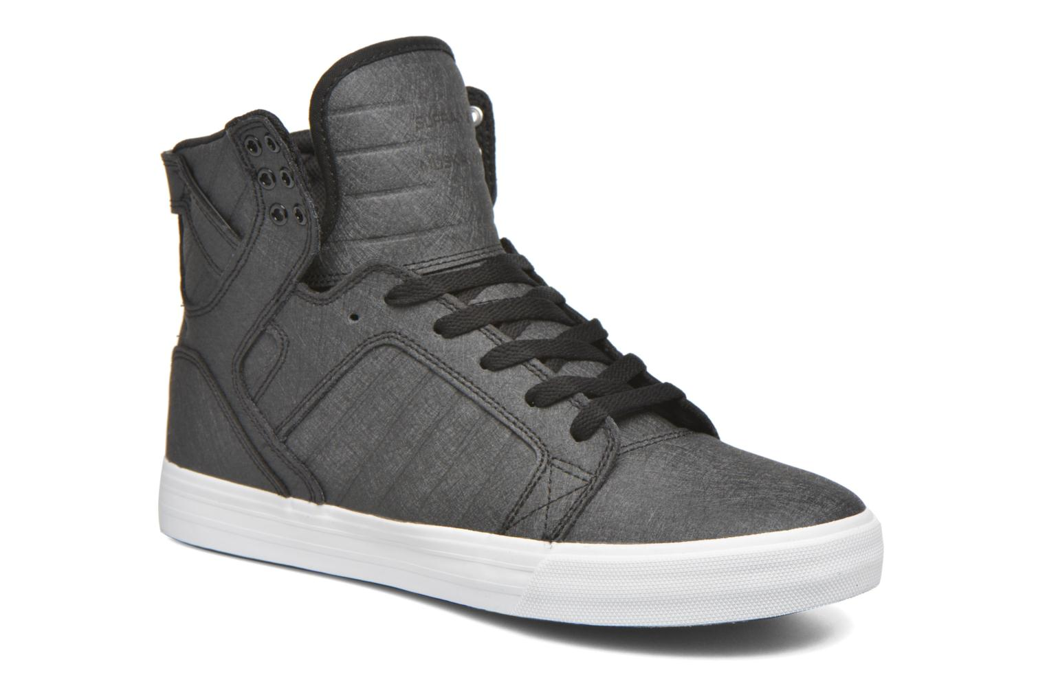 Skytop Black Fibreglass/White