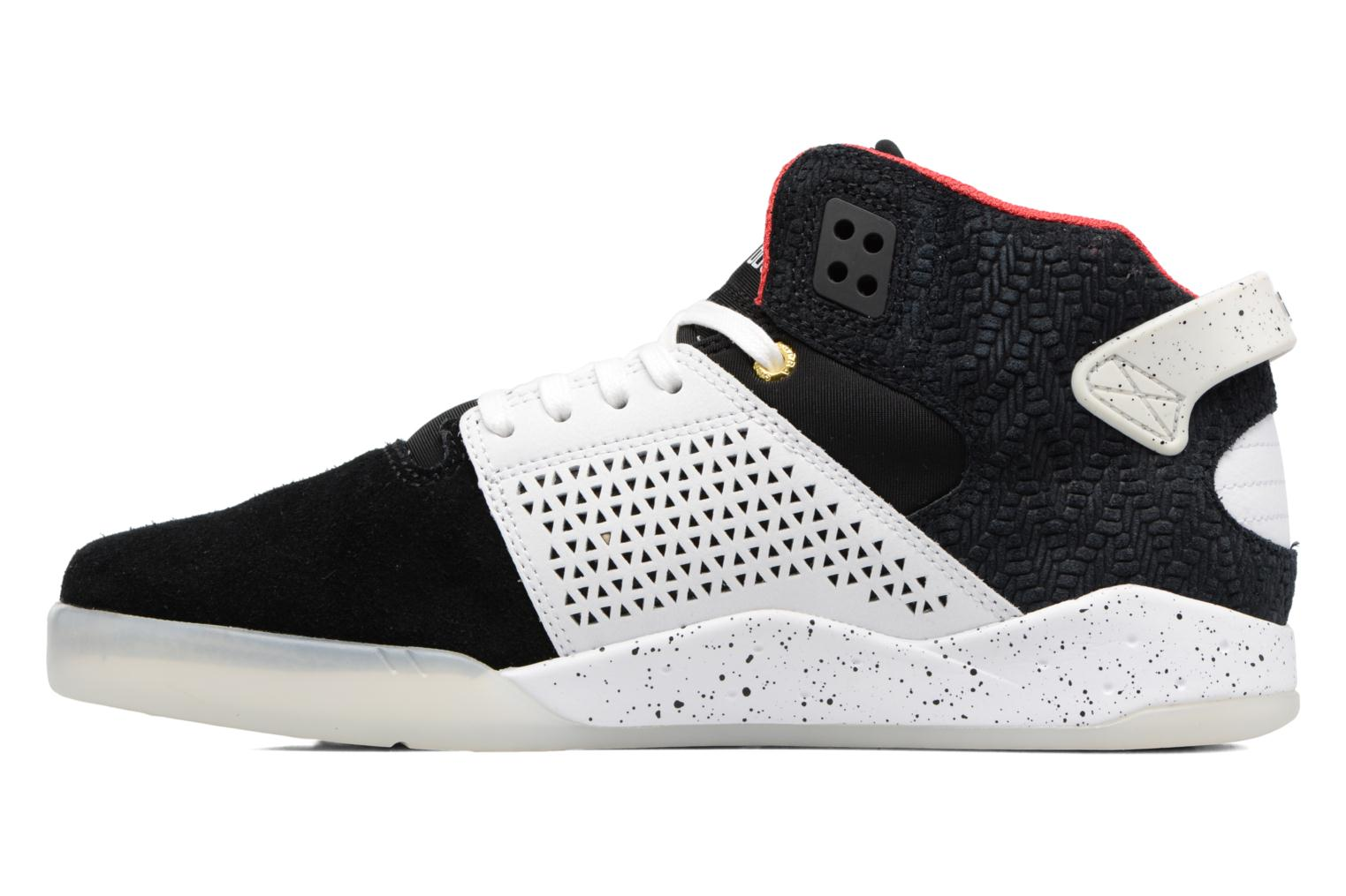 Sport shoes Supra Skytop III Black front view