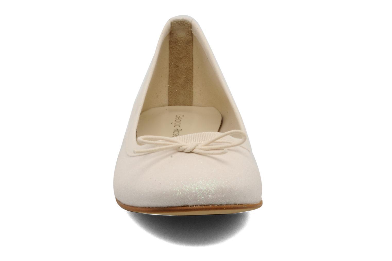 Ballerines Georgia Rose Garbo Beige vue portées chaussures