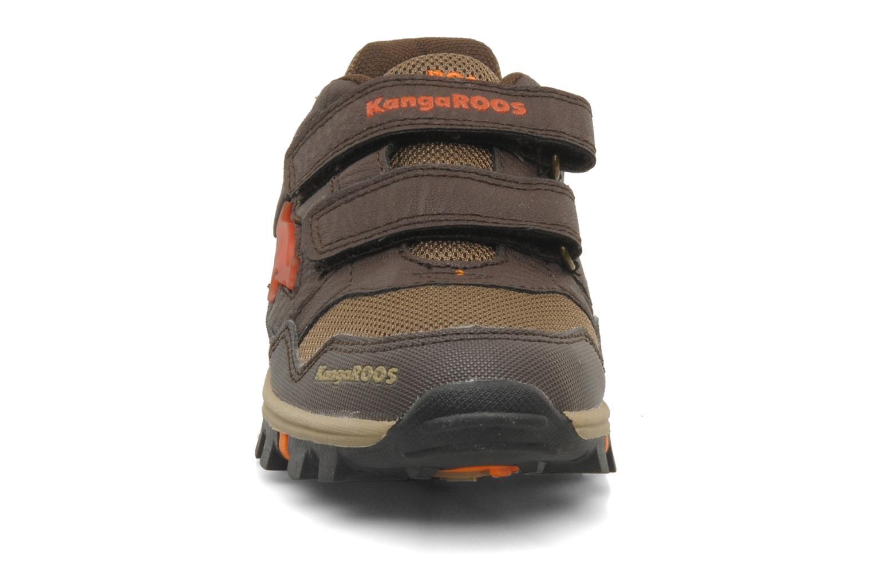 Sneakers Kangaroos Tigua V Bruin model