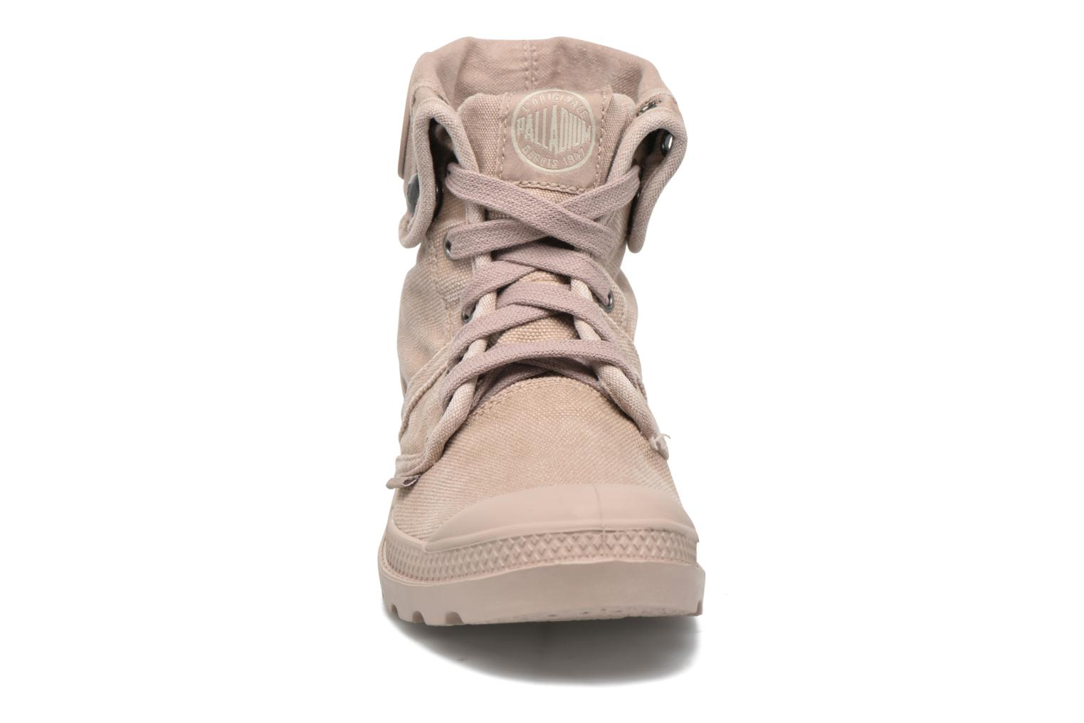Trainers Palladium Us Baggy F Brown model view