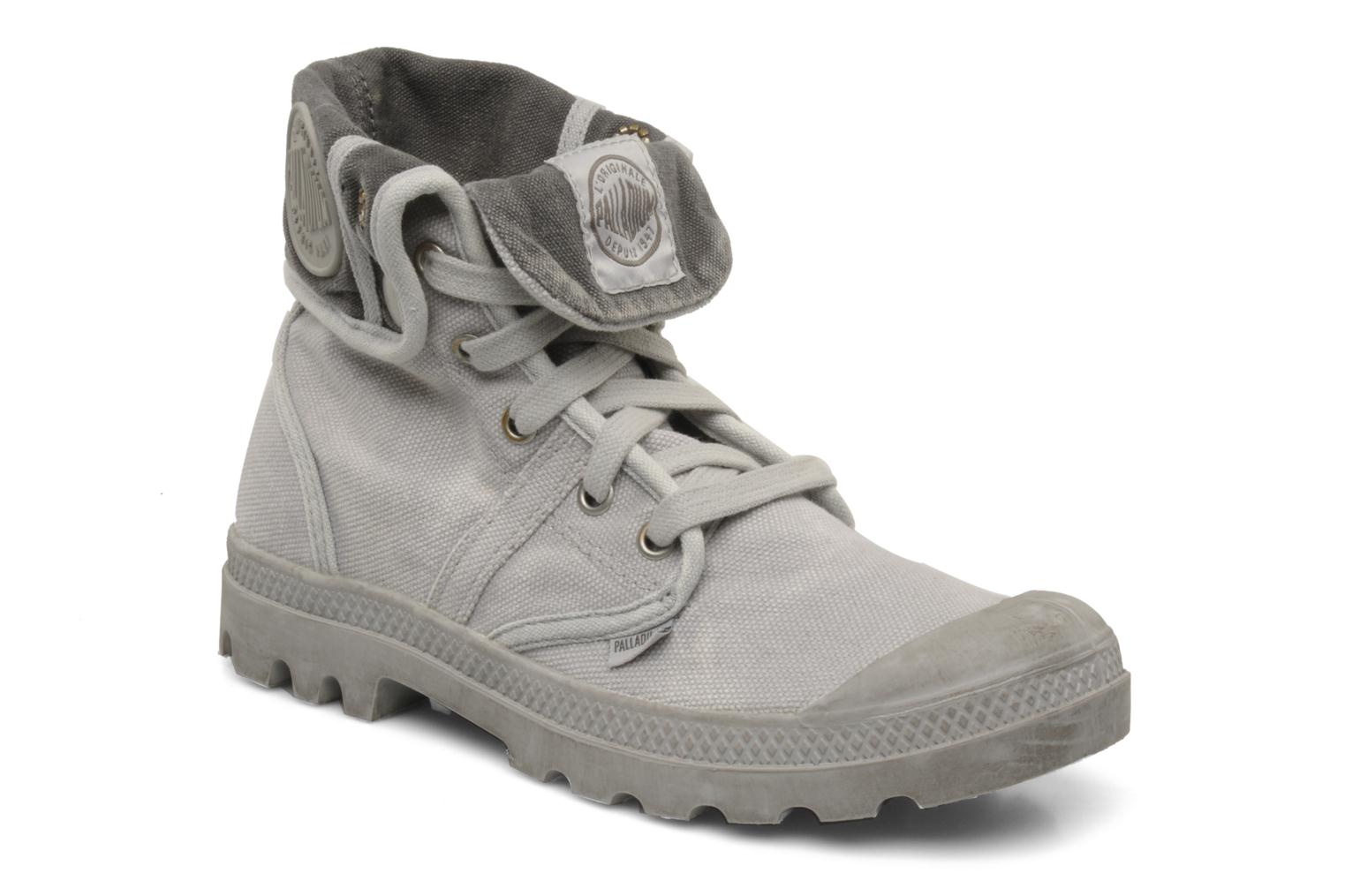 Trainers Palladium Us Baggy F Grey detailed view/ Pair view