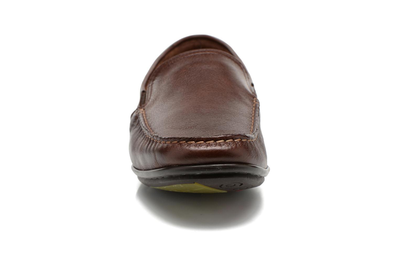 Loafers Fluchos Baltico 7149 Brun bild av skorna på