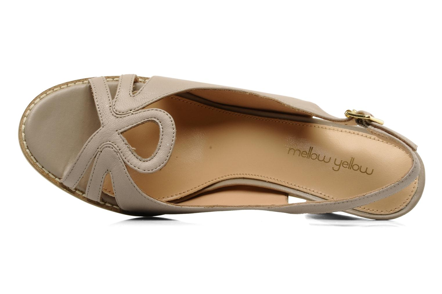 Sandals Mellow Yellow Lastou Beige view from the left