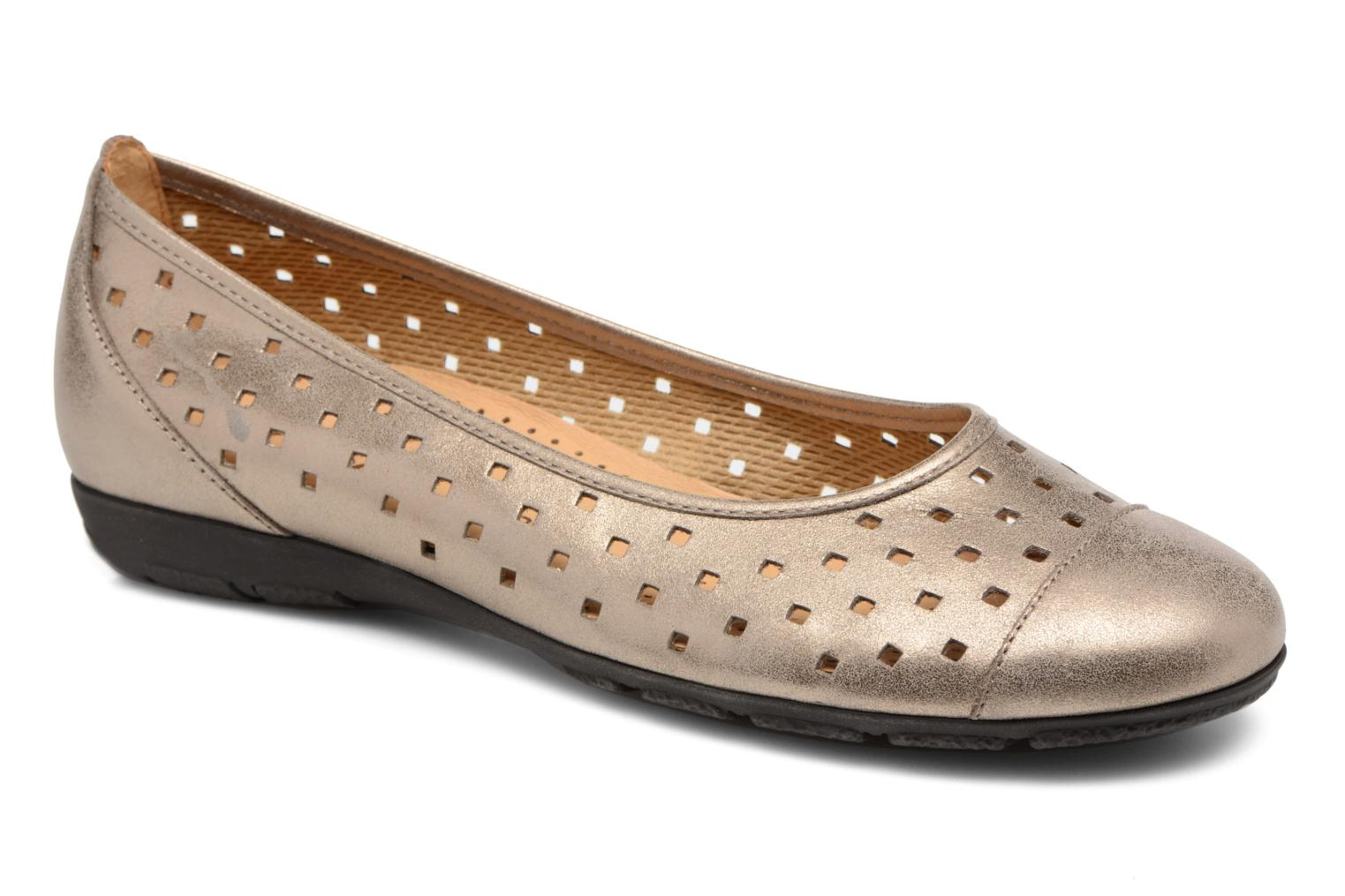 Ballet pumps Gabor Stéphanie Bronze and Gold detailed view/ Pair view
