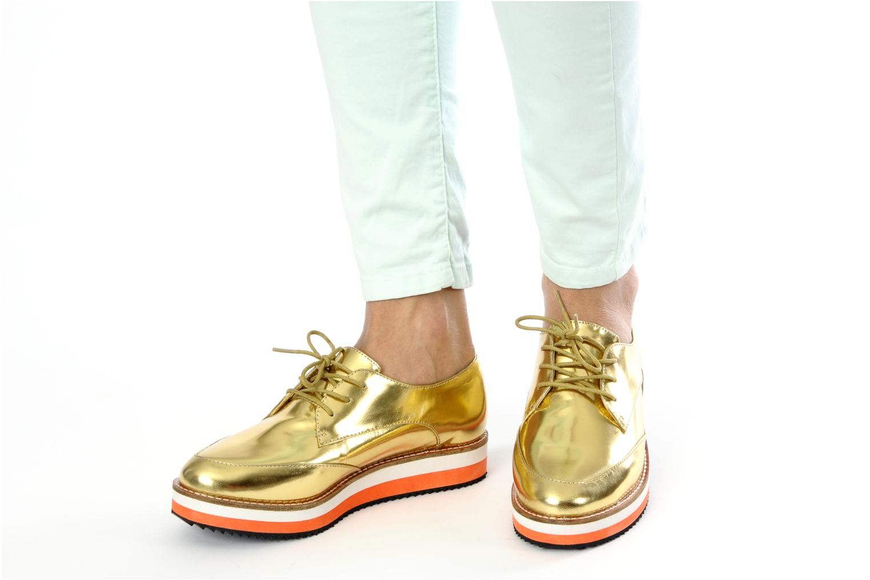 Zapatos con cordones Buffalo Disco Plateado vista de abajo