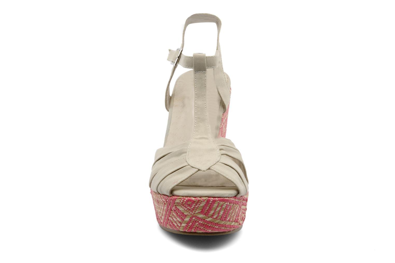 Sandales et nu-pieds Georgia Rose Farto Beige vue portées chaussures