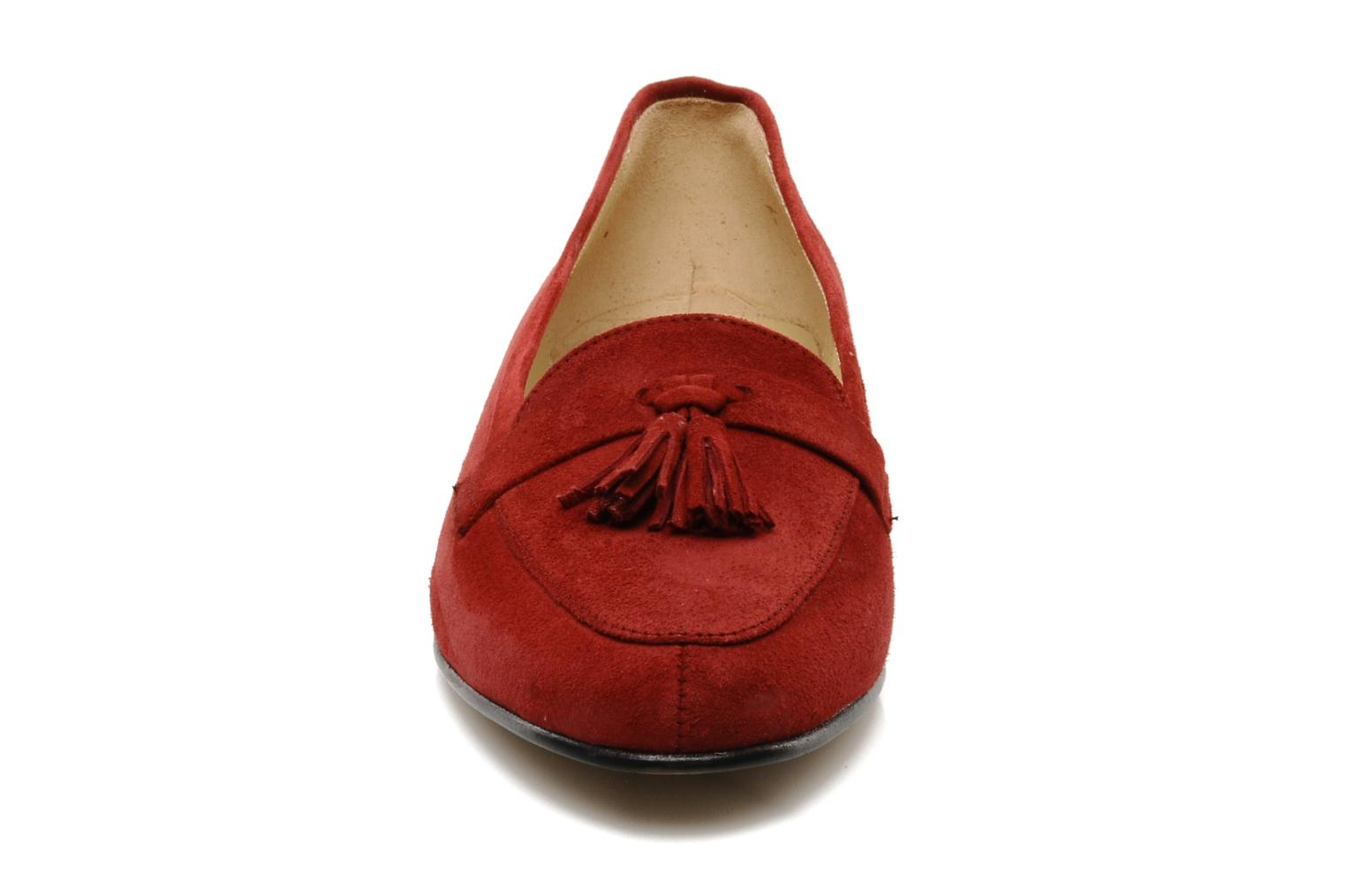 Loafers Georgia Rose Voxe Burgundy model view