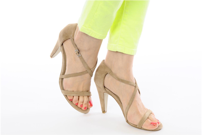 Sandales et nu-pieds Georgia Rose Soara Beige vue bas / vue portée sac