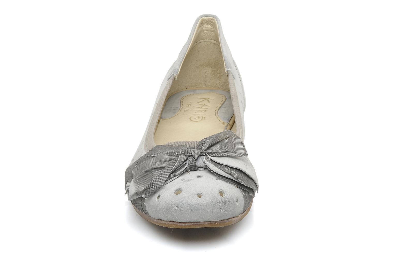 Ballerines Khrio Benda Gris vue portées chaussures