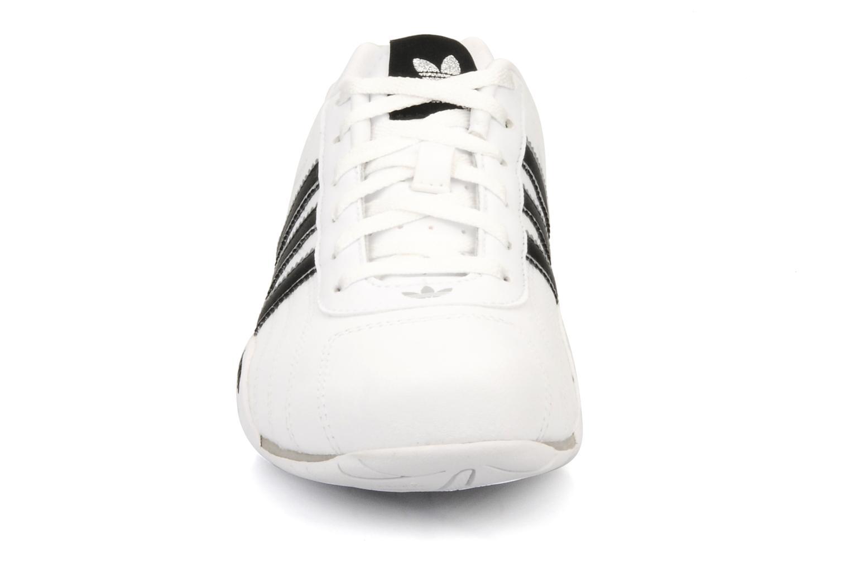 Baskets Adidas Originals Adi Racer Lo J Blanc vue portées chaussures