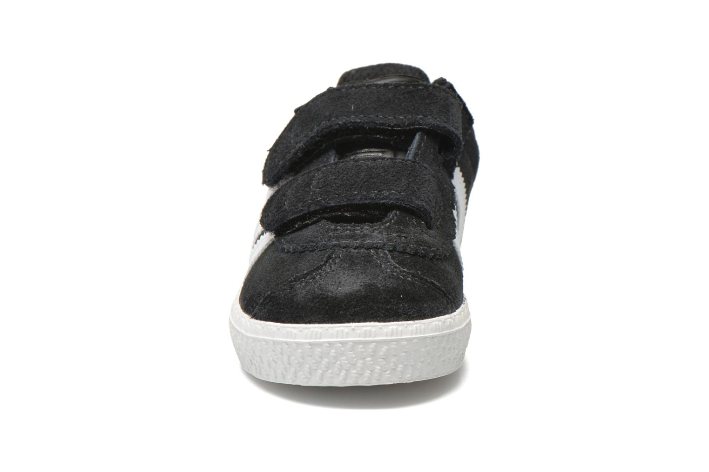 Baskets Adidas Originals Gazelle 2 CF I Noir vue portées chaussures