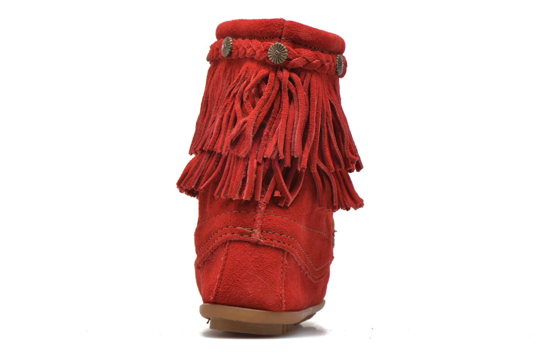Boots en enkellaarsjes Minnetonka DOUBLE FRINGE TRAMPER Rood rechts