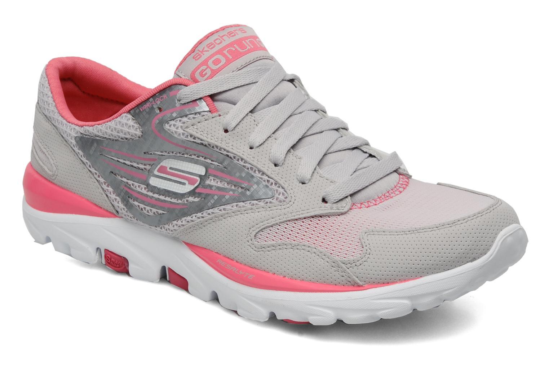 Sportssko Skechers Go run 13500 Grå detaljeret billede af skoene