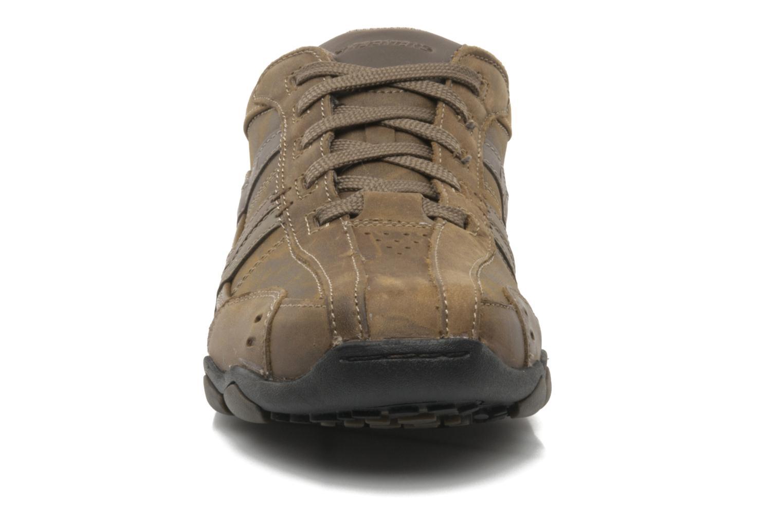 Sneaker Skechers Vassell 62607 braun schuhe getragen