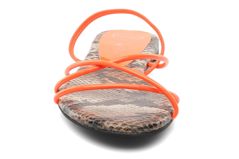 Sandalias Jeffrey Campbell SPIRAL Naranja vista del modelo