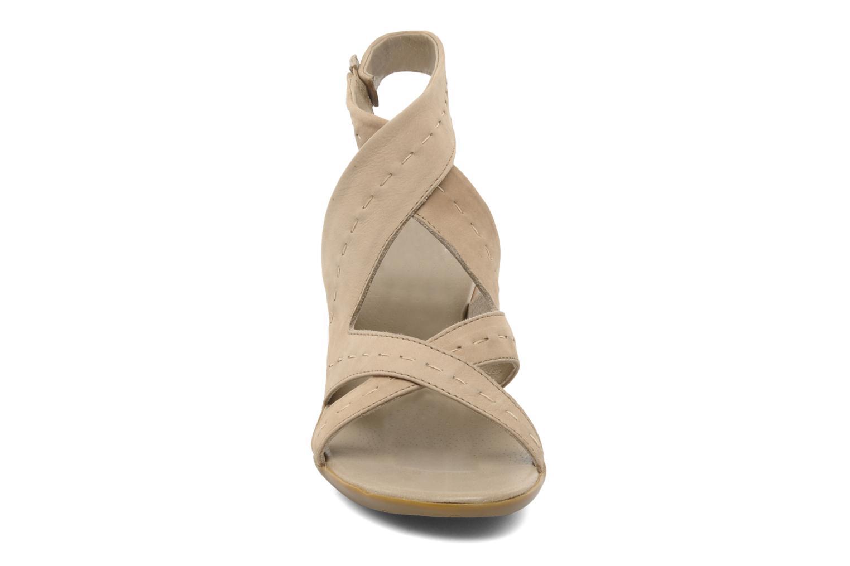 Sandales et nu-pieds Camper Lulu 21415 Beige vue portées chaussures